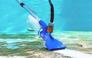 Swimmy vous aide choisir votre robot manuel pour piscine !