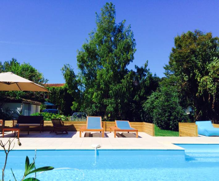 Privatiser la piscine de Sébastien pour une journée avec Swimmy pour un moment baignade à Bordeaux