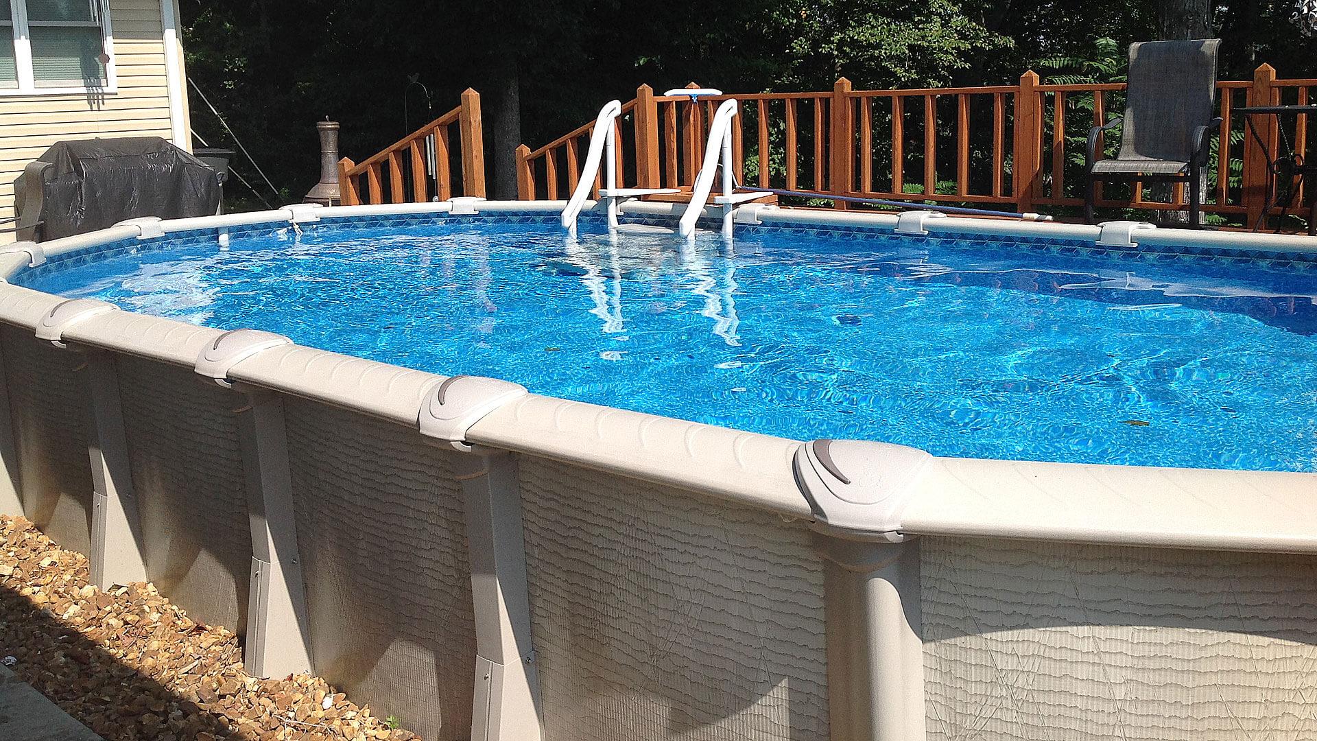 Comment enlever les algues dans une piscine hors sol ? - Swimmy