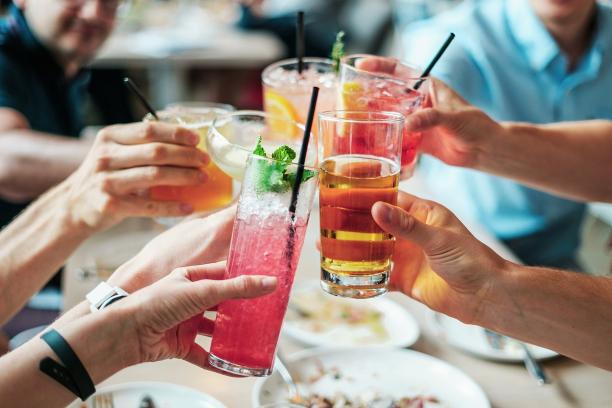 Passez un afterwork fun dans ce bar lounge !
