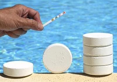 Test chlore pour piscine bien entretenue !