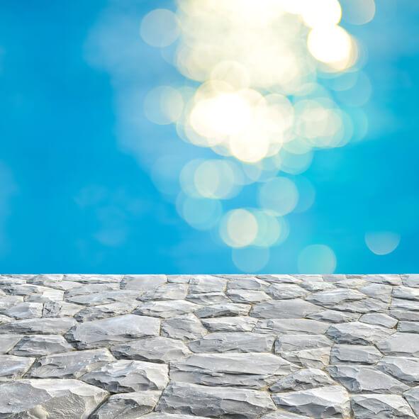 Piscine en pierre