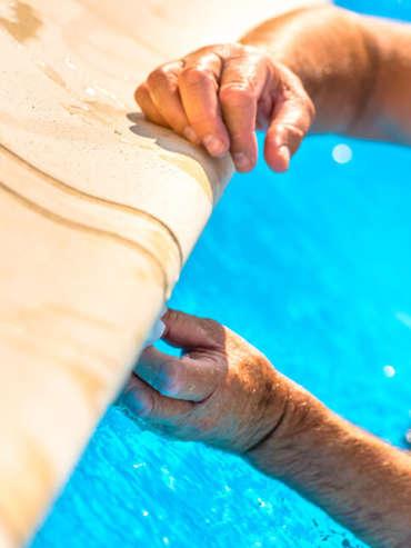 Réparer liner de piscine