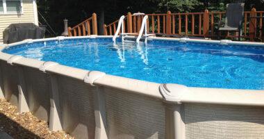 Retirer le sable dans une piscine