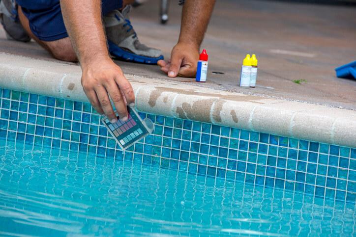 parametros del agua de la piscina